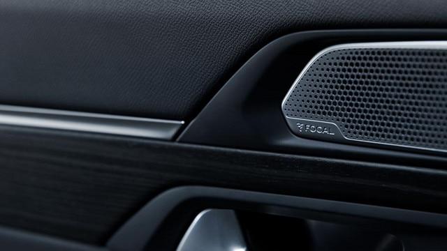 Nouvelle berline PEUGEOT 508 GT, sonorisation Hi-Fi premium FOCAL®