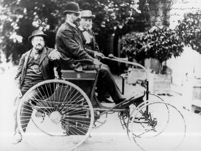 L'aventure familiale – deux hommes essayant la type 3 en 1891