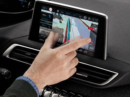 Grand écran tactile Peugeot i-Cockpit