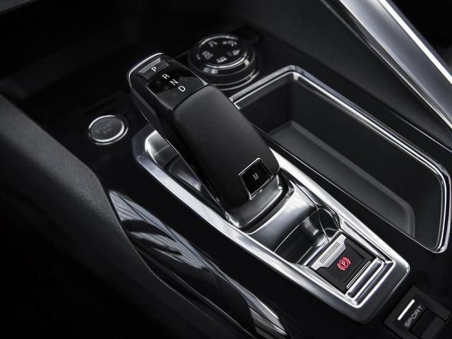Efficience Peugeot - Boîte de vitesse automatique EAT6 - Commande électrique impulsionnelle Nouveau 3008
