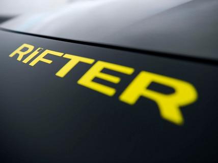 PEUGEOT RIFTER 4x4 Concept– Logo RIFTER en jaune anodisé satin