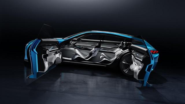 Peugeot Instinct Concept - Peugeot Responsive i-Cockpit - Vue latérale mode autonome