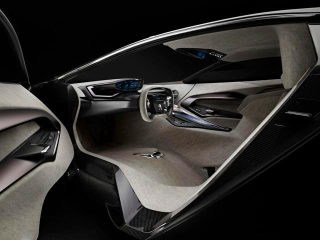 Design Peugeot Onyx - L'atmosphère claire de son design intérieur