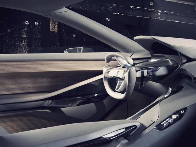 Peugeot HX1 - Design intérieur de la place conducteur