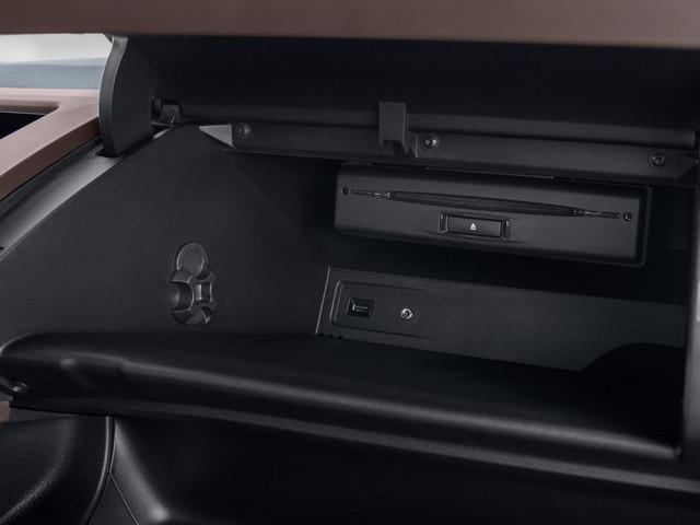 Nouveau PEUGEOT RIFTER – Rangement boîte à gants passager