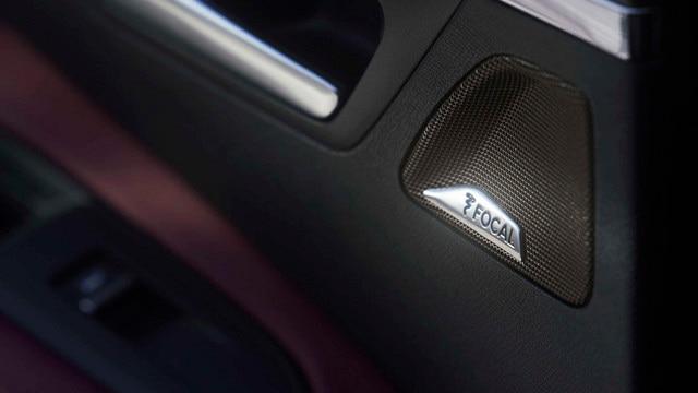 Nouveau SUV PEUGEOT 3008 - système  Hi-Fi FOCAL®