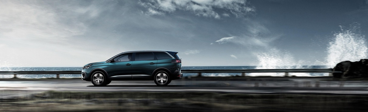 Nouveau SUV PEUGEOT 5008 : Grand SUV 7 places