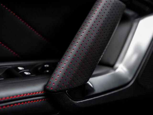 Plaisirs sensoriels - Matériaux - Détails portes Peugeot 308 GTi