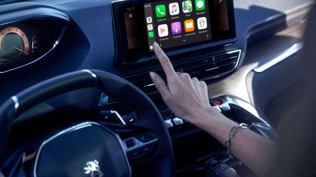 Nouveau SUV PEUGEOT 3008 – Fonction Mirror Screen