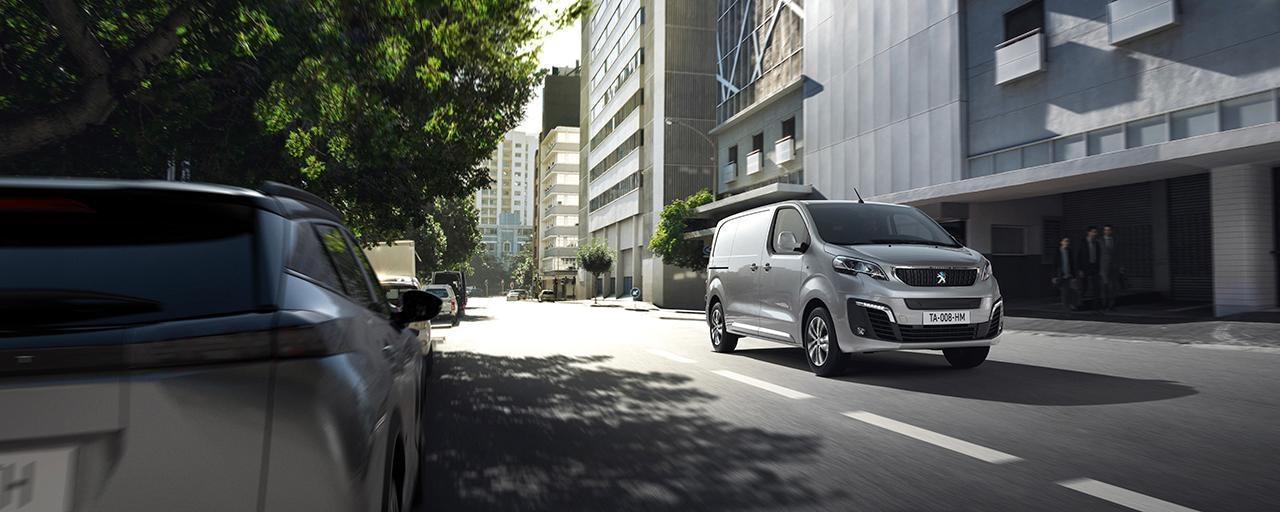 PEUGEOT e-EXPERT – Le fourgon électrique compact de Peugeot