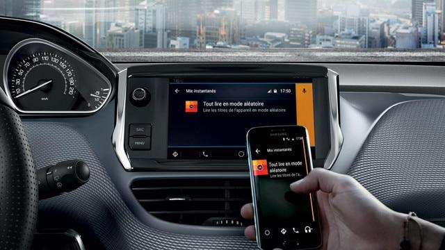 Mirror Screen – Voiture compacte Peugeot 208 5 portes