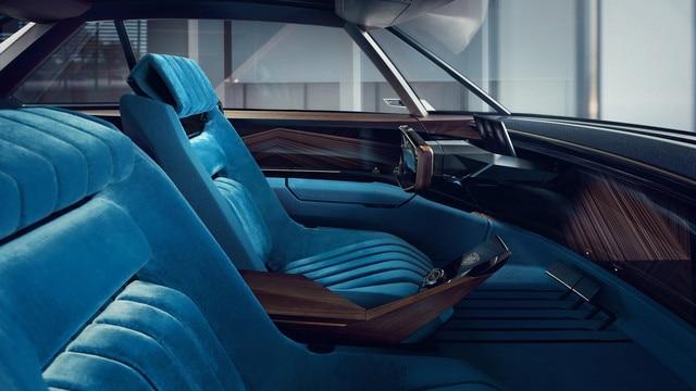 PEUGEOT i-Cockpit: DRIVING LEGEND MODE
