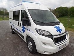 Peugeot ambulance vehicle - Front