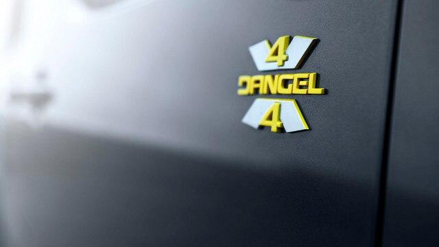 PEUGEOT RIFTER 4x4 Concept  – Logo DANGEL en jaune anodisé satin
