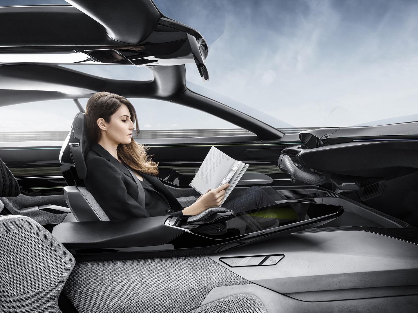 Peugeot Instinct Concept - Peugeot Responsive i-Cockpit - Conduite mode Autonomous 2