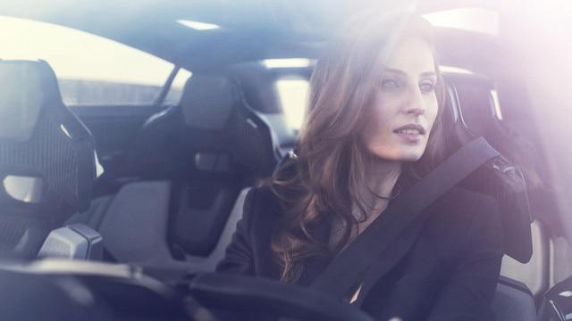 Peugeot Instinct Concept - Le meilleur de l'I.o.T. - Proposition IA de changement de mode de conduite