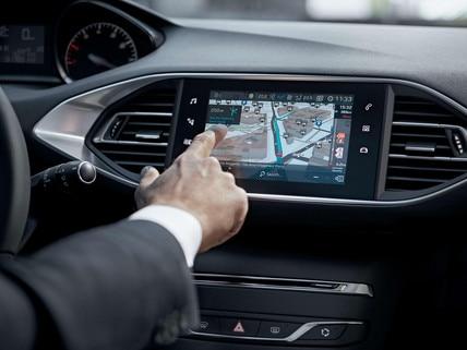 PEUGEOT 308 GT Line : Navigation 3D connectée