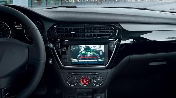 Nouvelle Peugeot 301 : Technologie de connectivité embarquée