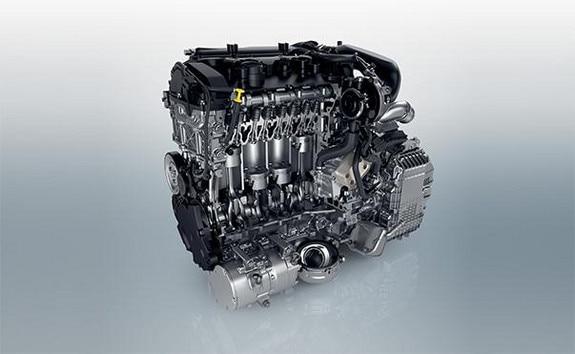 PEUGEOT 3008 HYBRID: Puissance cumulée de 225 ch: un moteur thermique de 180 ch et 1 moteur électrique de 110 ch
