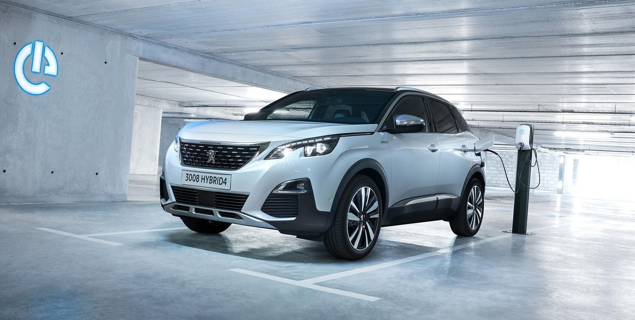 PEUGEOT HYBRID4: le SUV hybride rechargeable pour les professionnels