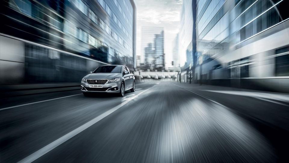 Nouvelle Peugeot 301 : Vue avant