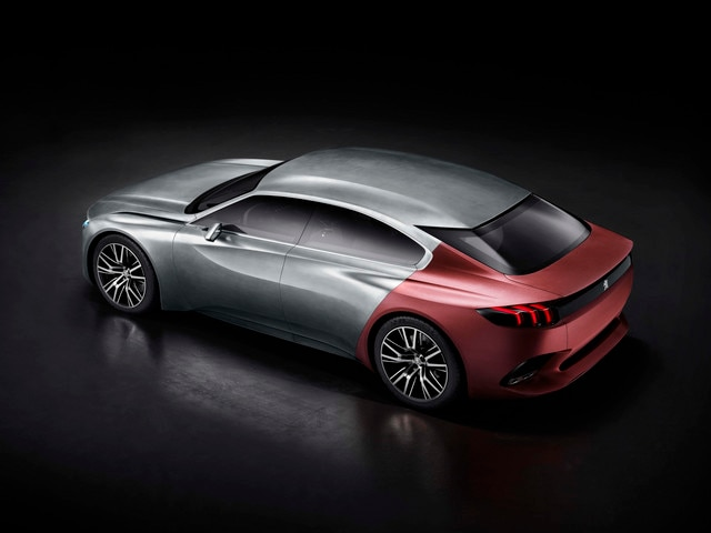Peugeot Exalt - Le design racé et athlétique du Concept car