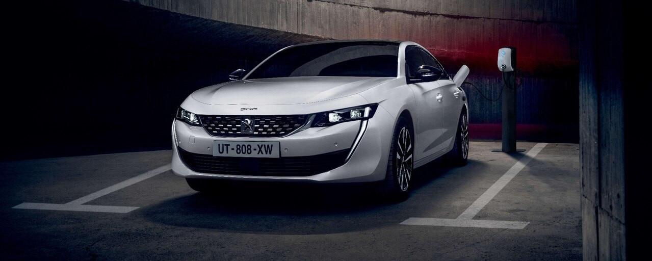 Peugeot 508 Hybrid et Hybrid4